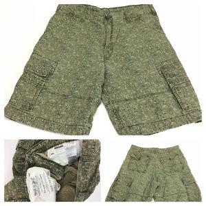 Levi's green camo cargo shorts mens 36